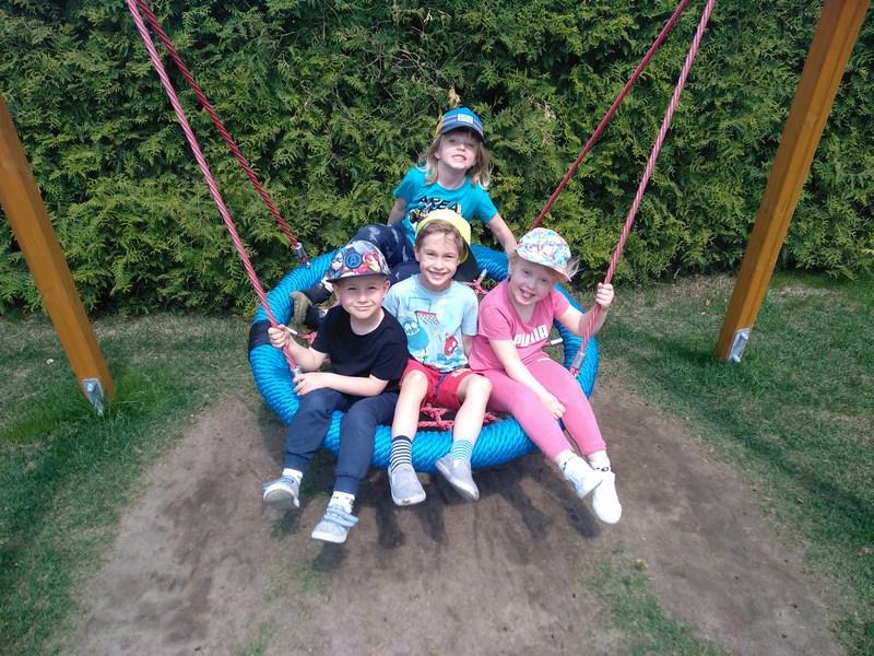 Zabawy na placu przedszkolnym- Muzykanci